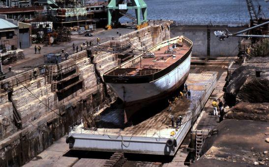 James Craig goes on to Mori's Sea Heritage Dock at Cockatoo Island 1985